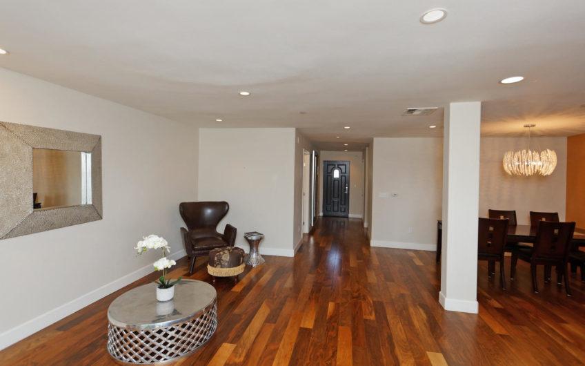 Exquisite Penthouse Condo